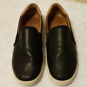 UGG Slip-On Sneakers Size 8